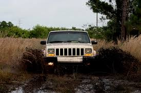 mud jeep cherokee jeep cherokee mud bog my buddy wanted some pictures of him flickr