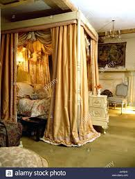 poster bed canopy curtains four poster bed canopy diy post curtains crossword emsg info