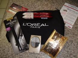 the l 39 oreal paris glam kit included makeup artiste travel brush set smokey eyes indian