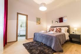 Letto King Size Dimensioni by Appartamento A Pula Con Letto King Size Per Una Vacanza Perfetta