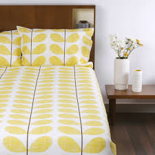 discover the orla kiely scribble soft duvet cover lemon king