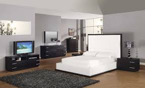 Contemporary White King Bedroom Set White King Size Bedroom Sets And Modern Pieces Madrid White