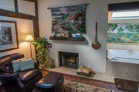 Fireplace Inn Monterey by Cottage Sitting Room Fireplace Jetted Spa Tub Picture Of Old