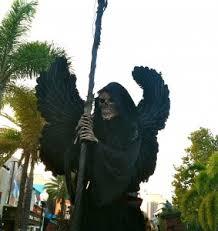 Stilt Costumes Halloween Universal U0027s Halloween Horror Nights Frightening Adventure Worth