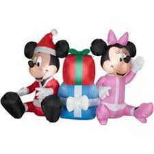 inflatable christmas mickey and minnie mouse roasting marshmellows
