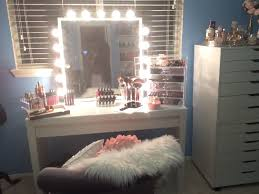 Vanity Set With Lighted Mirror Furniture Makeup Vanity Set With Lights Vanity Table With