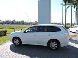 2014 Used Mitsubishi Outlander 2wd 4dr Es At Royal Palm Toyota