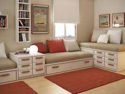 Decorating Ideas For Small Childrens Bedrooms Decoration Bedroom Wonderful Ideas Using Red Stripes