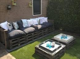 canapé exterieur en palette realiser salon de jardin en palette idées décoration intérieure