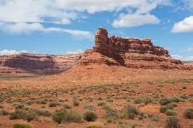 bureau vall drive valley of the gods the beaten path in utah earth trekkers