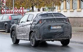 mitsubishi sports car 2018 2018 mitsubishi asx spied with a new face autoevolution