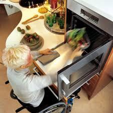 cuisine adapté handicap des cuisines aménagées pour les personnes handicapées inspiration