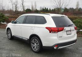 mitsubishi outlander 2016 white rave and review lifestyle travel and shopping blog from seattle