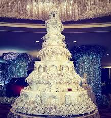 too pretty to cut lebaneseweddings wedding cakes pinterest