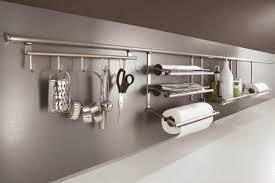 accessoires de cuisines cuisine rangements et accessoires gain de place
