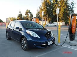 nissan leaf b mode 2017 nissan leaf vs 2017 volkswagen e golf charge of the ev