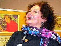 Inés María Guzmán presenta en Málaga su nuevo libro El violín debajo de la cama. El Centro Andaluz de las Letras (CAL) continúa con su programa de ... - InesMariaGuzman--253x190