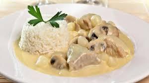 cuisiner une blanquette de veau recette blanquette de veau minute plats cuisine vins