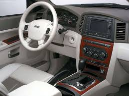 jeep grand interior jeep grand cherokee 5 7 limited 2005 picture 10 of 23