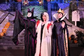 college halloween parties 79 best van helsing images on pinterest scream queens s01e04