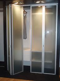 Glass Bifold Closet Doors Adorable Bifold Closet Doors With Glass And Bifold Closet Doors