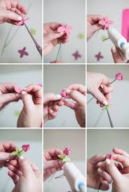 learn how to easily make felt ranunculus with this tutorial