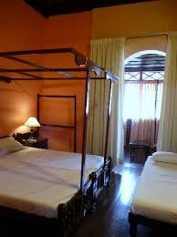 chambre a kochi chambre à l étage avec balcon picture of chiramel residency