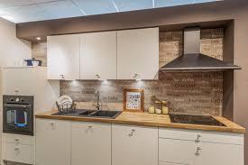 cuisine plus toulon découvrez en image notre showroom de plus de 400 m cuisine plus