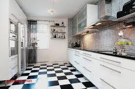 carrelage noir et blanc cuisine le carrelage damier noir et blanc en 78 photos archzine fr cuisine