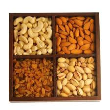 dried fruit gifts celebration gifts fruits pune manufacturer of dried raisin