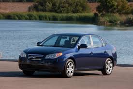 hyundai elantra review when blue is green the car family
