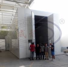 spray paint booth china bus and truck spray paint booth with middel rolling doors