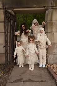 Woman Monster Halloween Costume by Best 20 Family Halloween Costumes Ideas On Pinterest Family