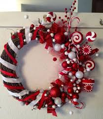 Hard Plastic Christmas Decorations Outdoors Best 25 Outdoor Christmas Wreaths Ideas On Pinterest Front Door