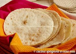 giallo zafferano cucina vegetariana come fare le tortillas di mais in casa ricetta facile