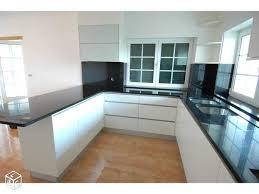 cuisine blanche avec plan de travail noir plan de travail noir laqu beautiful plan de travail noir laque