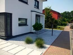 Gartengestaltung Mit Steinen Und Grsern Modern Moderne Häuser Mit Gemütlicher Innenarchitektur Schönes Schönes