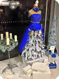 display trends u2013 the christmas tree mannequin dress u2013 charityshopvm