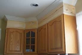 kitchen cabinets molding ideas kitchen cabinet crown molding ideas cabinets best 25 on