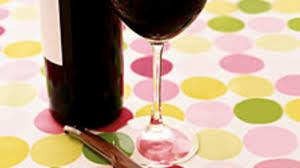 6 reasons why a little glass of wine each day may do you good health