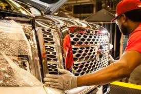 nissan titan imports australia how will the uaw u0027s war with nissan end