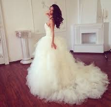 hair chiffon dress wedding dress blouse white brunette curly hair chiffon