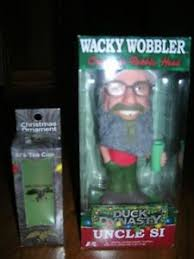 buy duck dynasty bobble si with tea jug and plastic cup