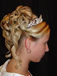 long hairstyles updos easy romantic hairstyle for long medium hair