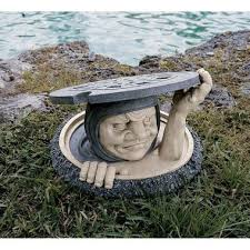 13 utterly lawn ornaments twistedsifter