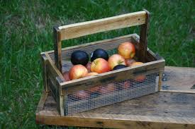 Gardening Basket Gift Ideas by Garden Baskets 17 Best 1000 Ideas About Garden Basket On Pinterest