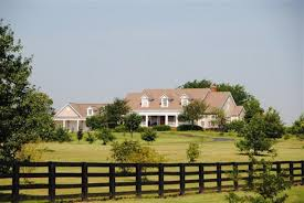 a small kentucky horse farm u0026 more houses for sale hooked on houses