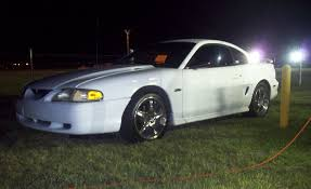 97 mustang gt specs 1997 ford mustang gt 1 4 mile drag racing timeslip specs 0 60