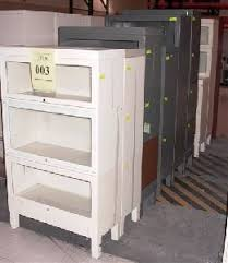 Metal Bookcase With Glass Doors Bookcases Government Auctions Governmentauctions Org R