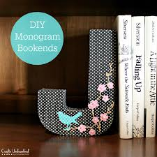 monogram bookends diy bookends fabric covered monogram crafts unleashed fabric